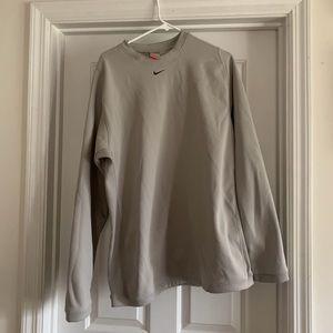 Nike fit therma crew neck sweatshirt